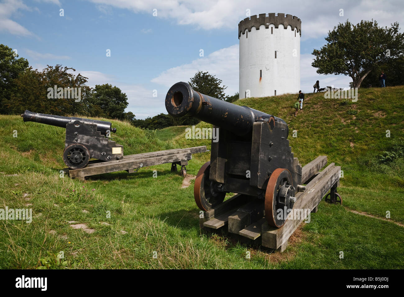 Cannons and the water tower at Prins Georgs Bastion, Fredericia, Jutland, Denmark - Stock Image