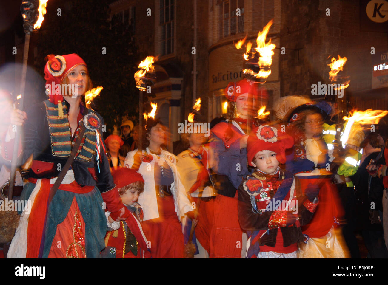 LEWES BONFIRE NIGHT GUY FAWKES FIRE WORKS NOVEMBER 5 HISTORICAL PARADE  SUSSEX SOCIETY - Stock Image