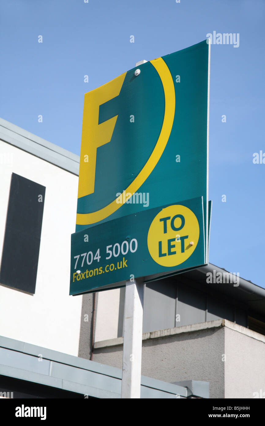 Foxtons To Let sign London - Stock Image