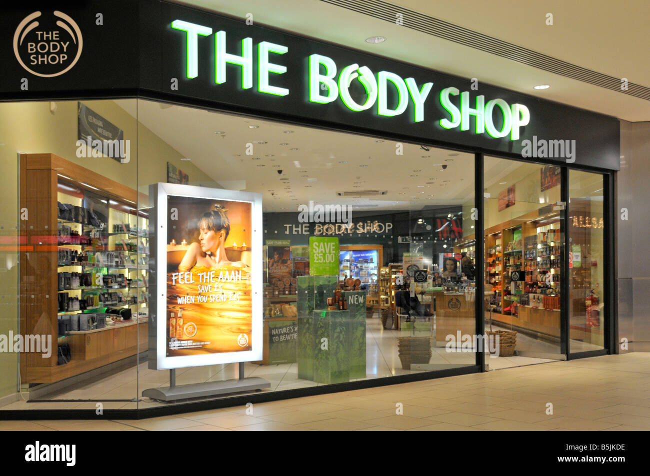 Body Shop store entrance in Lakeside West Thurrock shopping mall just after opening time - Stock Image