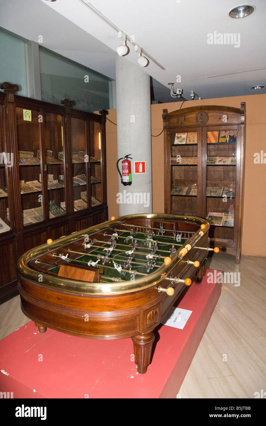 Antique Table Football Game In The CAMP NOU FC BARCELONA FOOTBALL - Barcelona fc table