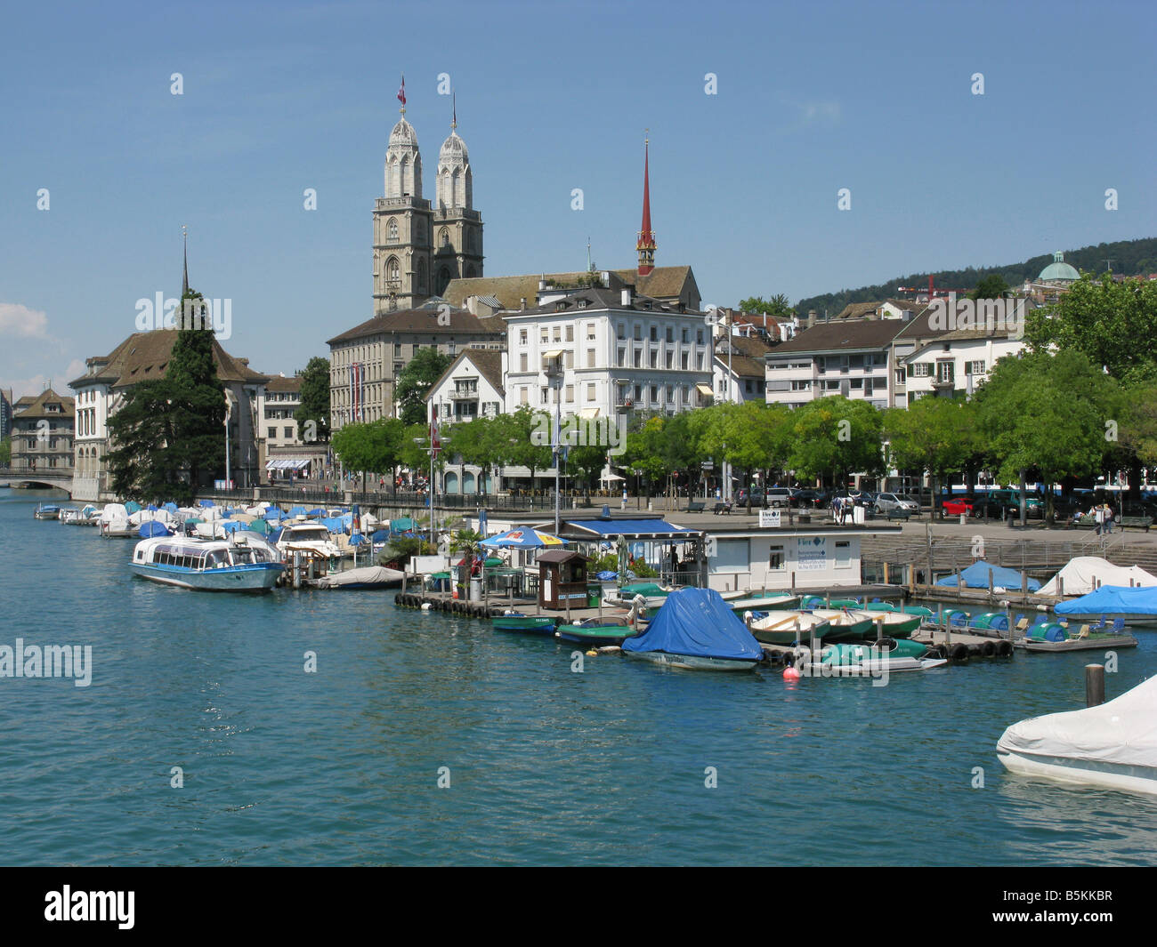 The Zurich Grossmünster with its twin towers near the river Limmat - Stock Image