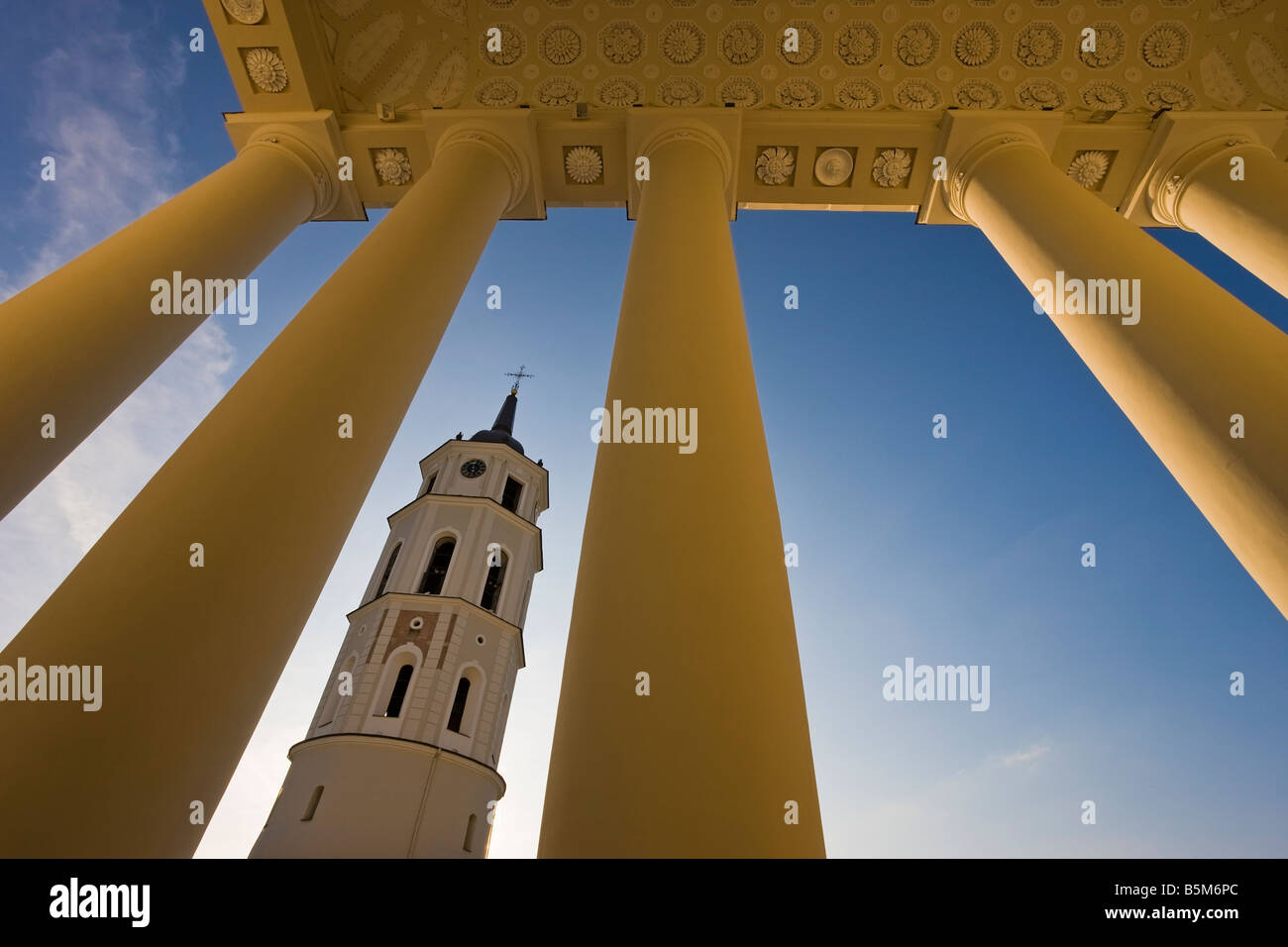 Baltic States, Lithuania, Vilnius, Vilnius Cathedral and the 57m tall Belfry Tower - Stock Image