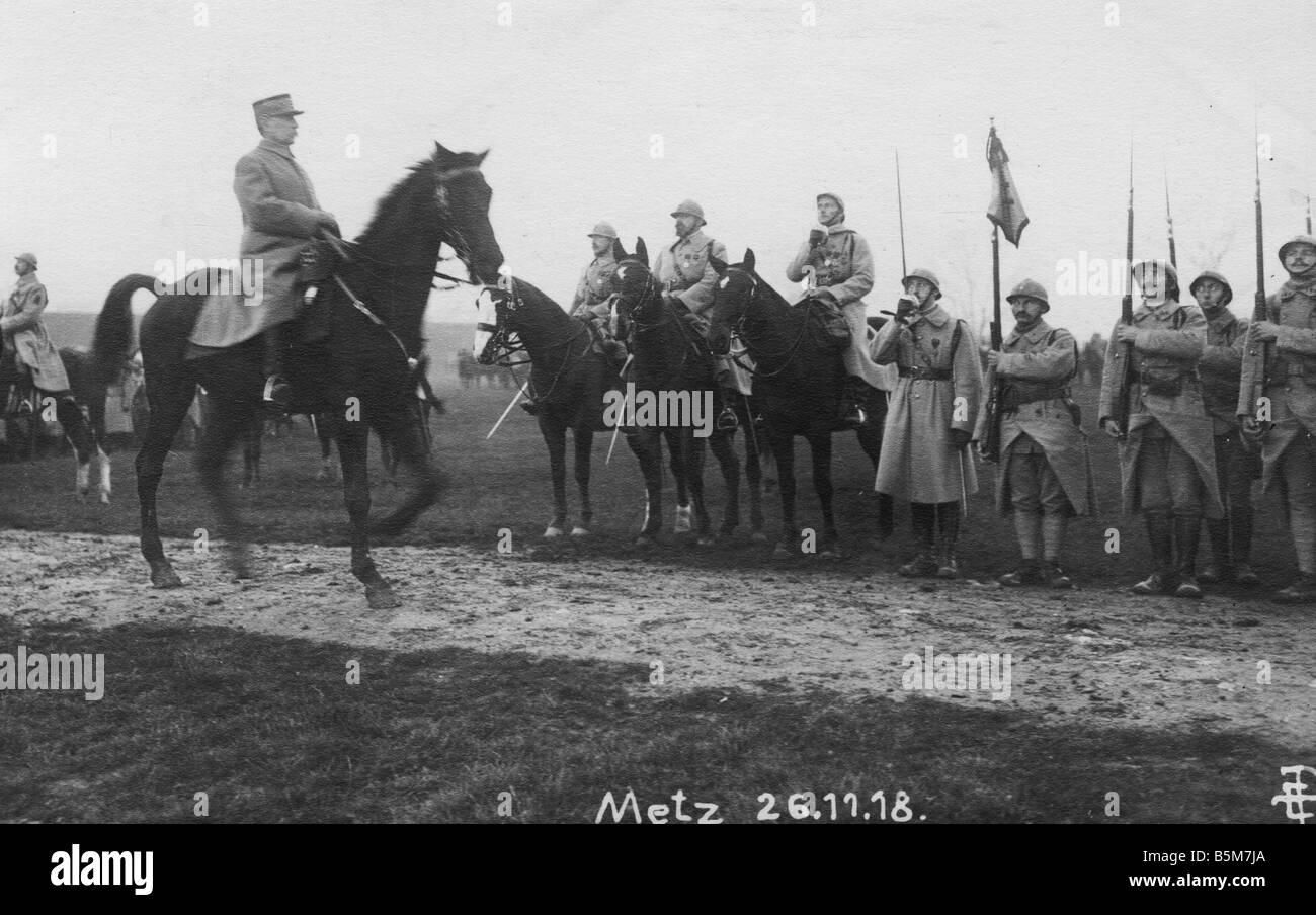 1FK 1102 F1918 10 E Marshall Foch Metz 1918 Photo pc Foch Ferdinand French Marshall 1917 Head of General Staff March - Stock Image