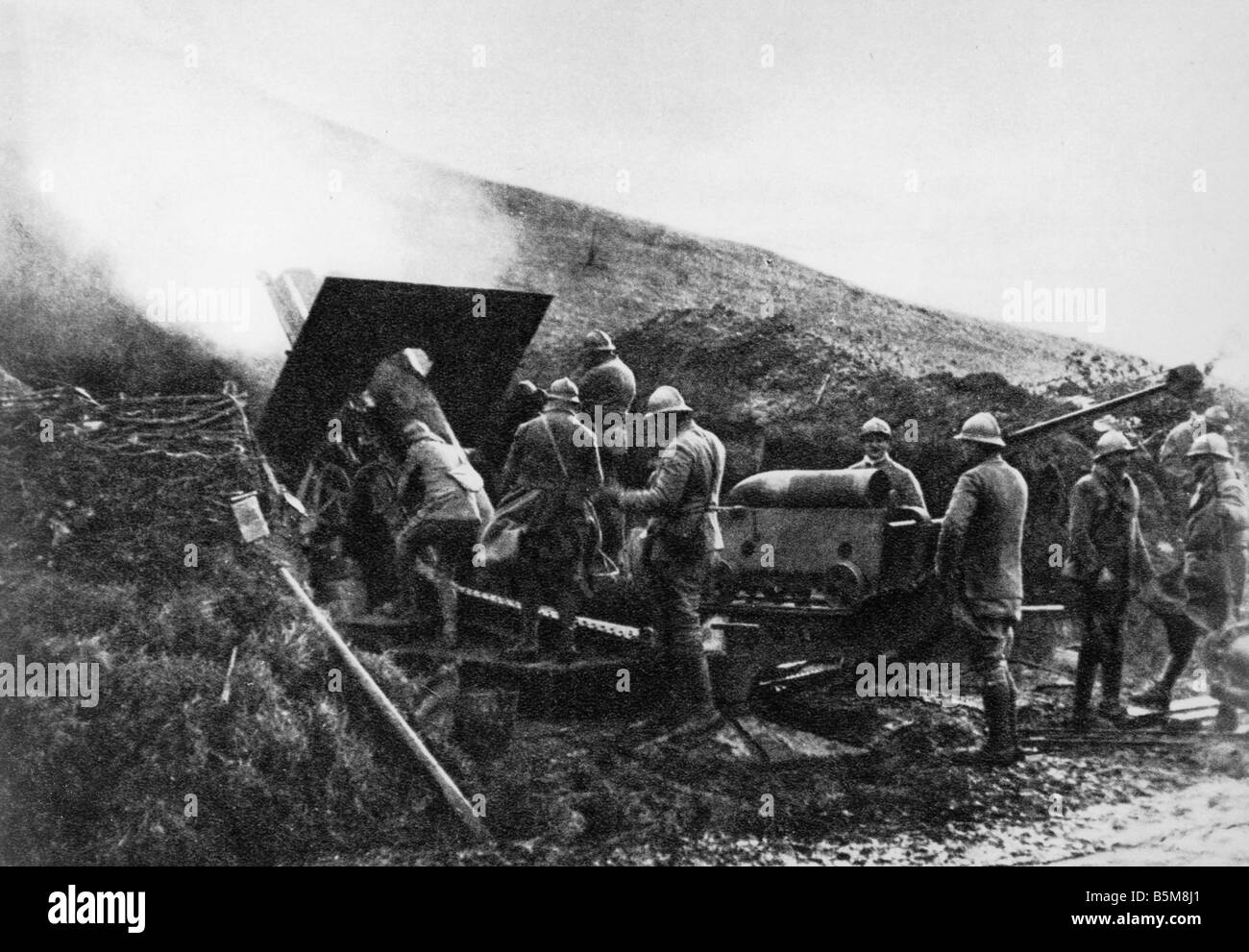 2 G55 F1 1918 7 WW1 France French Artillery 1918 History World War One French During the Battle at Aspach French - Stock Image