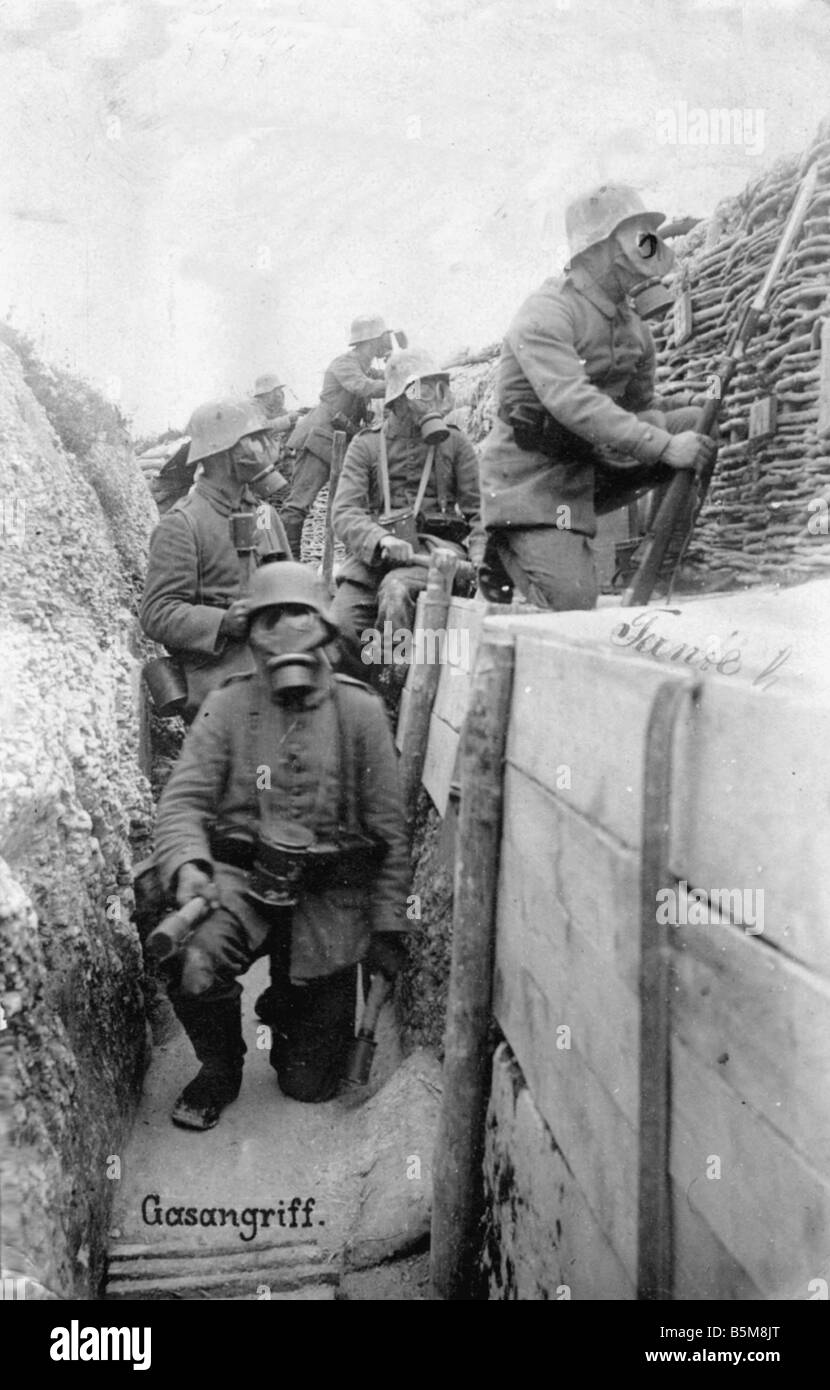 Gas Attack Soldiers w Gas Masks 1916 History World War I Gas Warfare soldiers with gas masks in the trench Photo - Stock Image