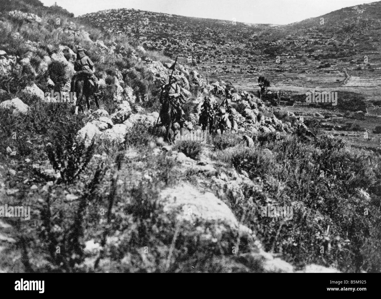 2 G55 N1 1915 German cavalry Palestine WWI c 1915 History World War I Middle East Germany and Turkey fight together - Stock Image