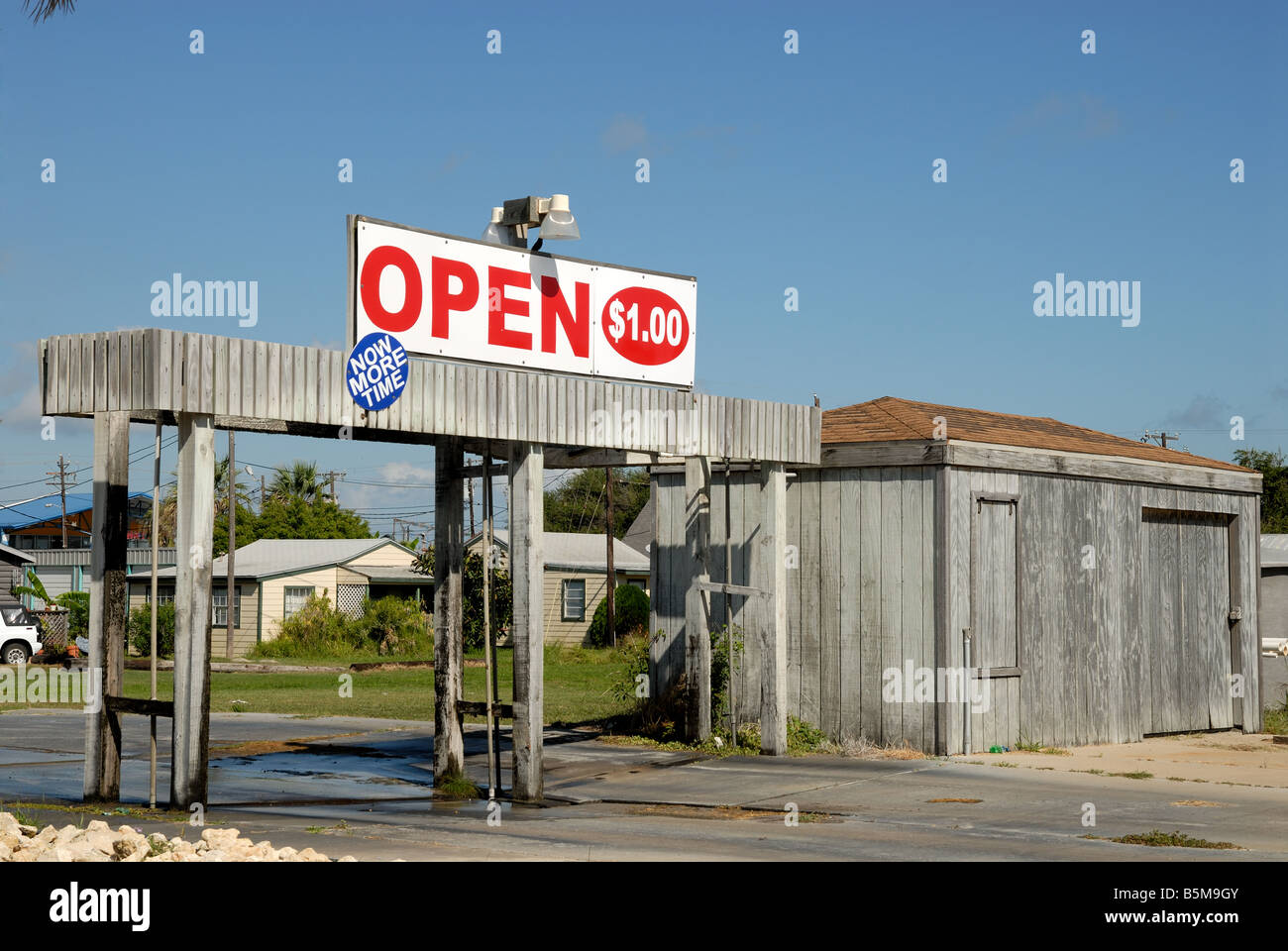 Small car wash in Texas, USA - Stock Image