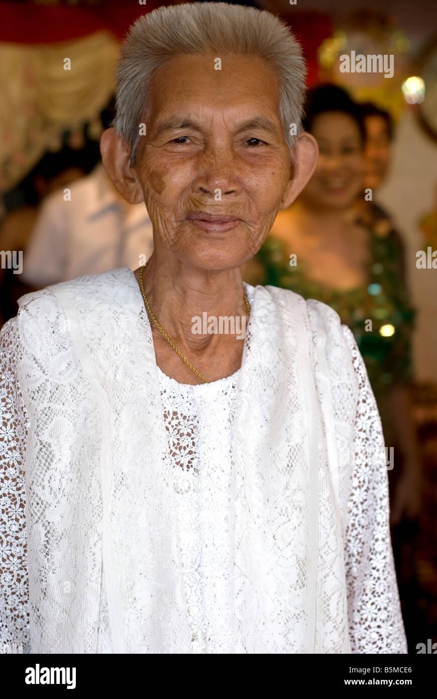 Khmer Wedding Stock Photos & Khmer Wedding Stock Images - Alamy
