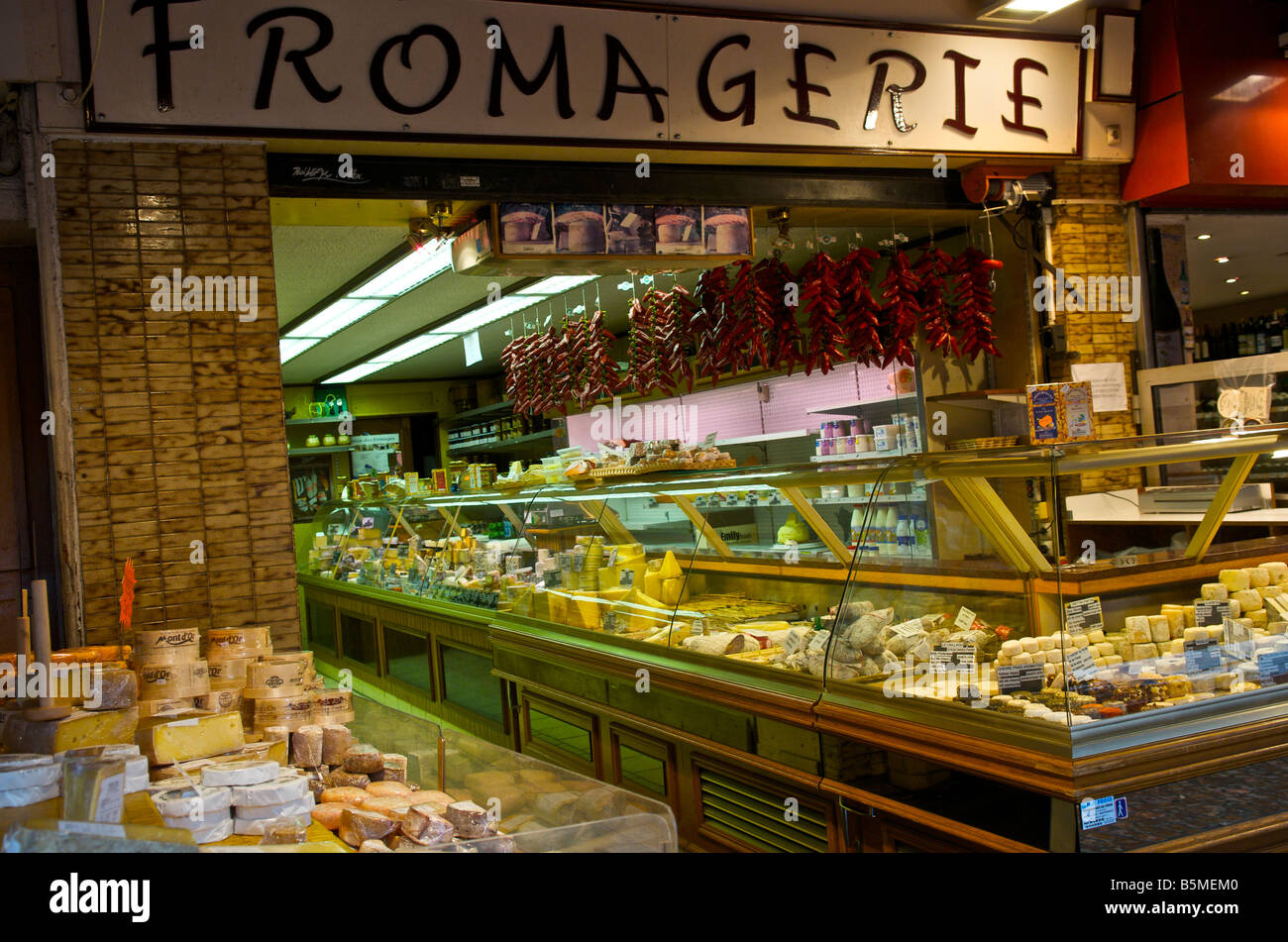 Fromagerie or cheese shop in Rue Mouffetard market in Paris France - Stock Image