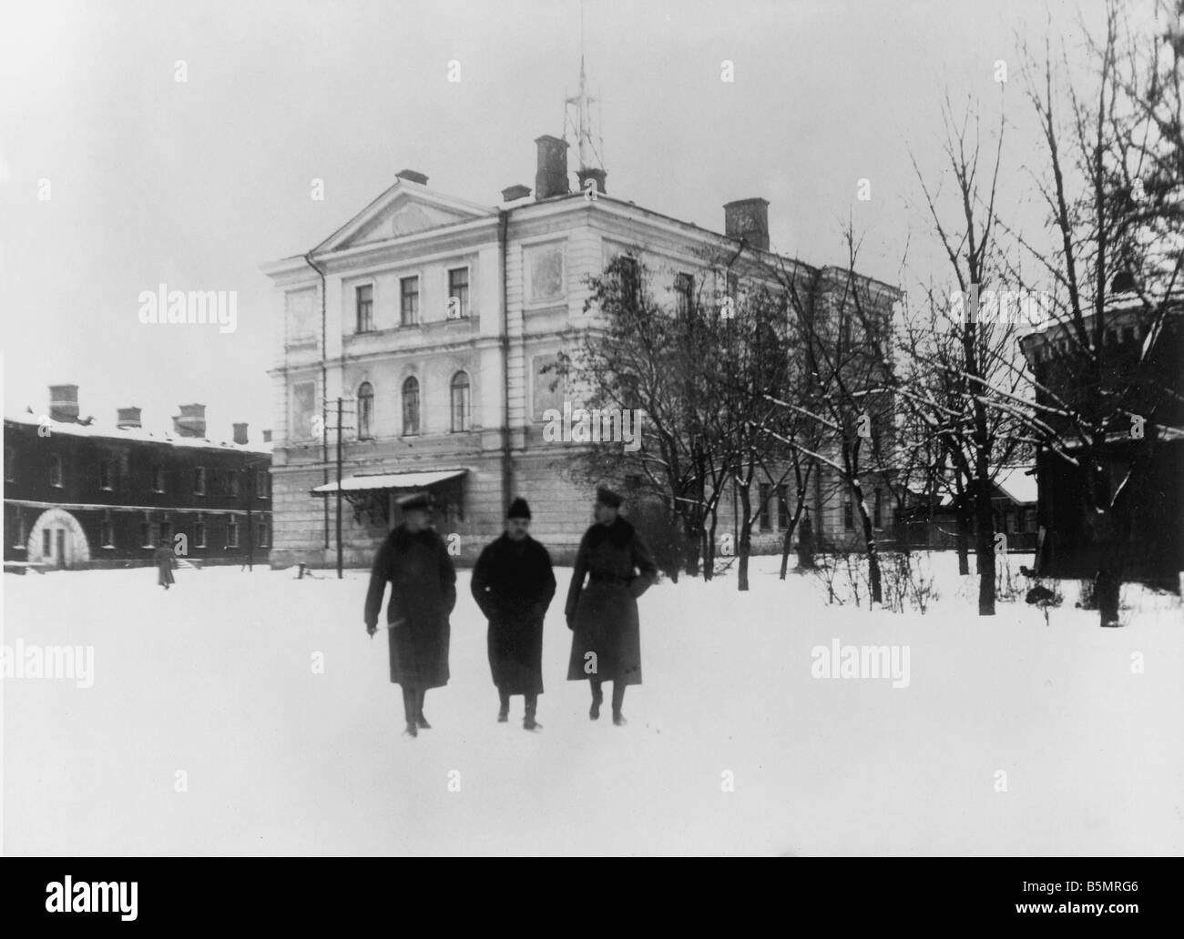 9 1917 12 15 A1 2 Conference buildings 1917 World War 1 1914 18 Russian German armistice of Brest Litowsk 15th December - Stock Image