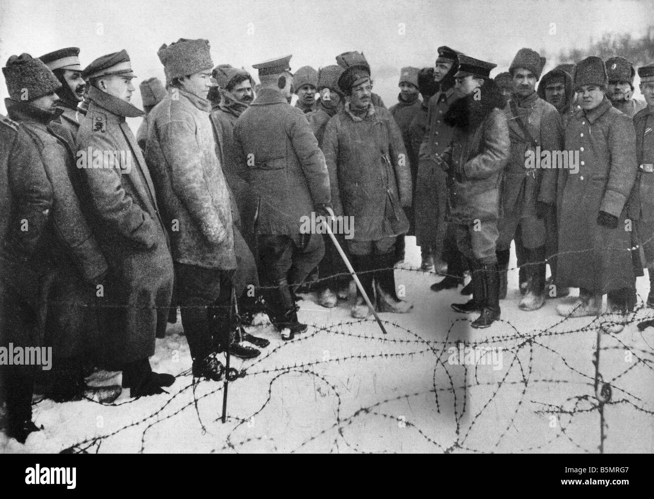 9 1917 12 15 A1 20 Ceasefire December 1917 World War One German Russian ceasefire at Brest Litovsk 15 December 1917 - Stock Image