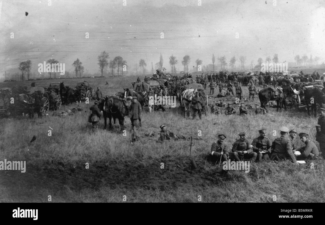 9 1918 3 0 A1 7 WW1 West Fr Bivouac Pruss Infantry World War 1 Western Front German major offensive March July 1918 - Stock Image