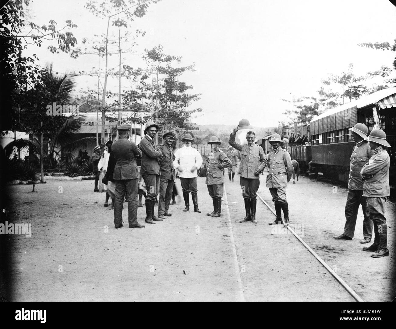 9AF 1914 0 0 A4 3 Station in German East Africa Photo World War I War in the colonies German East Africa today Tanzania - Stock Image