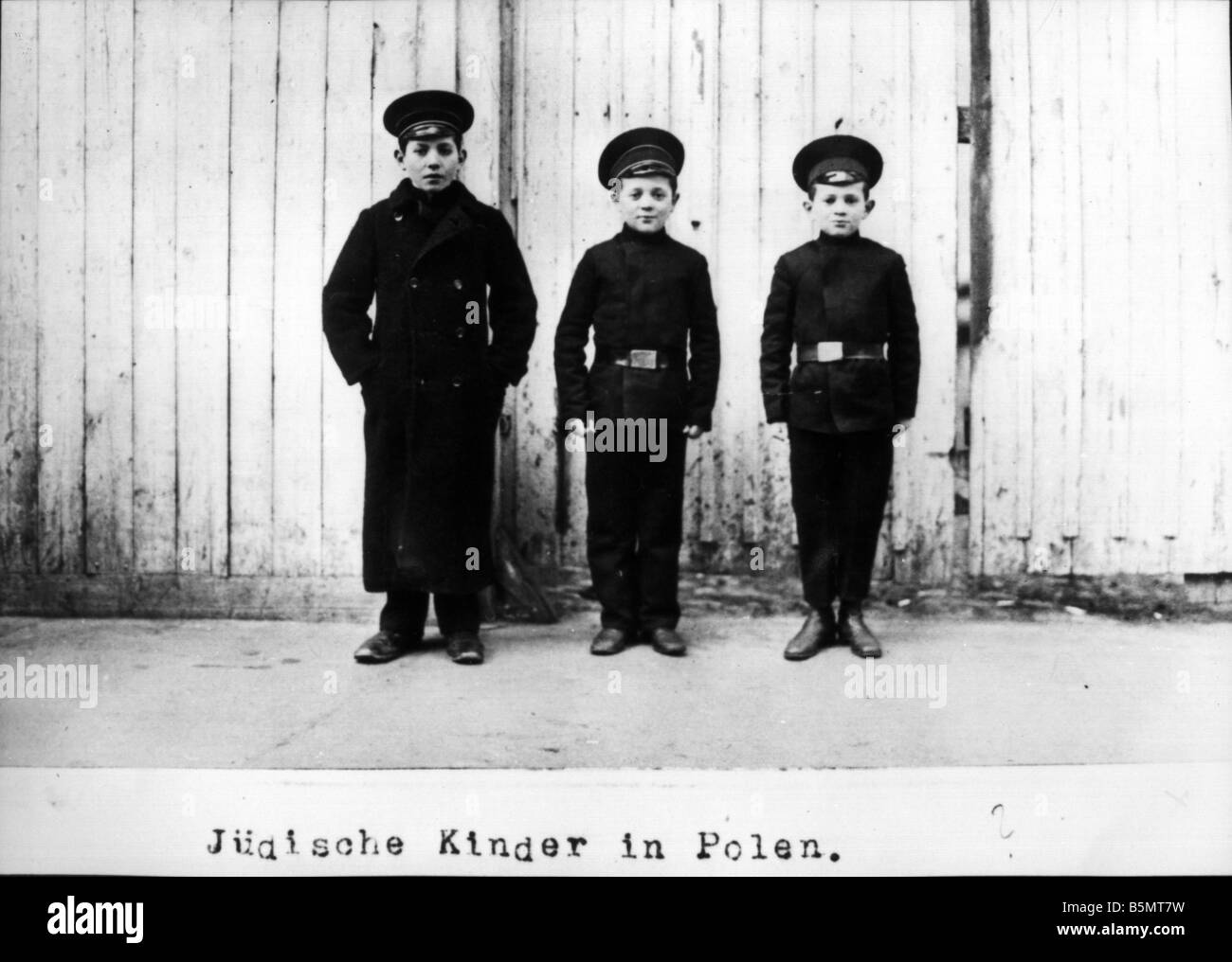9IS 1915 0 0 A1 40 Jewish children in Poland 1915 History of Judaism Eastern Jews Jewish children in Poland Photo - Stock Image
