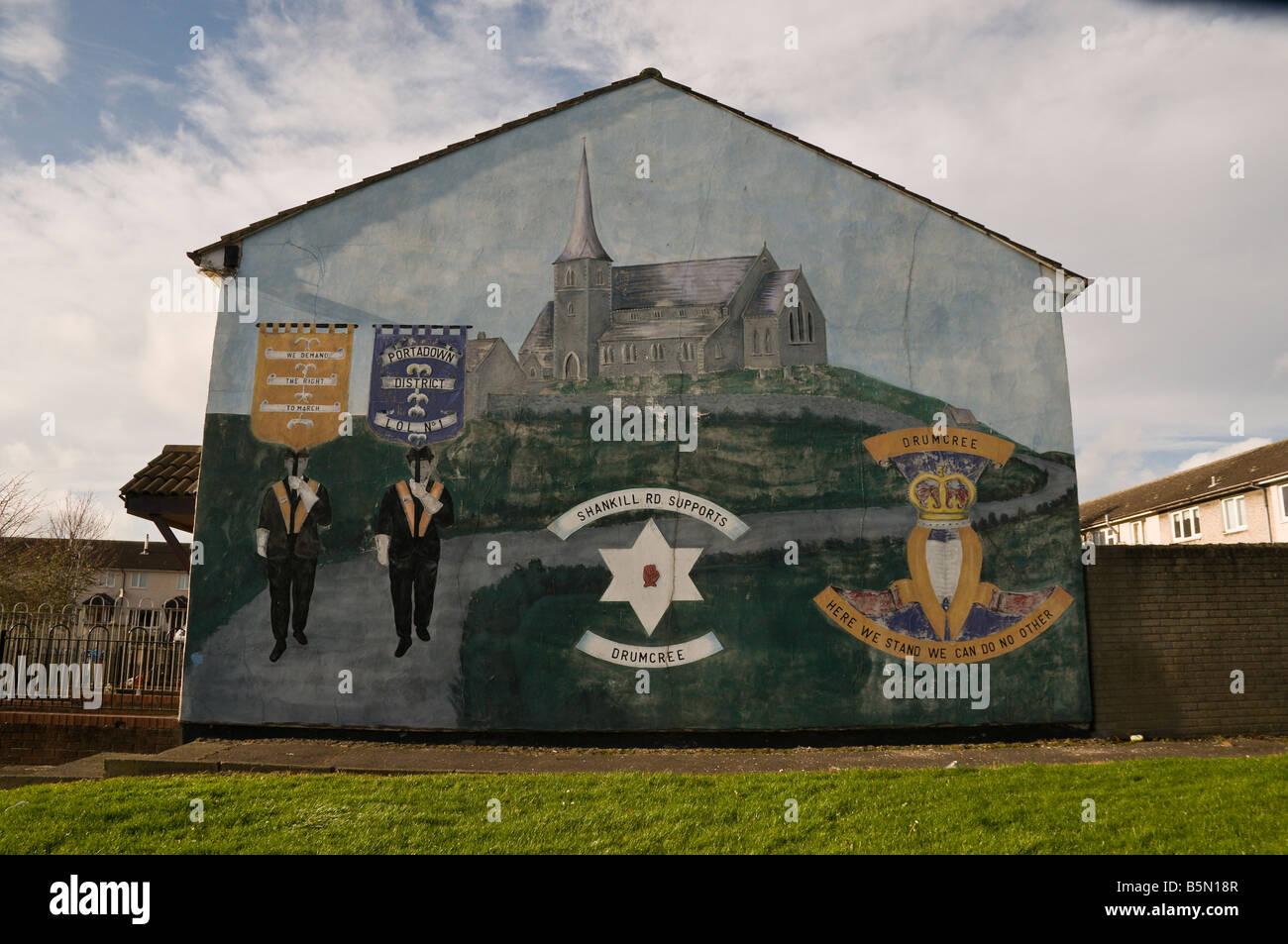 Loyalist/Unionist mural. 'Shankill Road supports Drumcree' - Stock Image