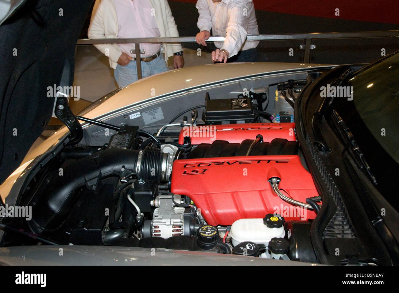 corvette engine stock photos corvette engine stock images alamy. Black Bedroom Furniture Sets. Home Design Ideas