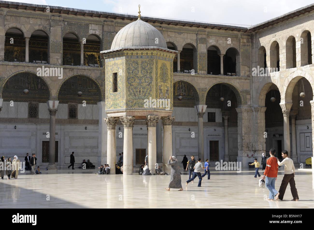 Umayyad Mosque Damascus Stock Photo: 20758003 - Alamy