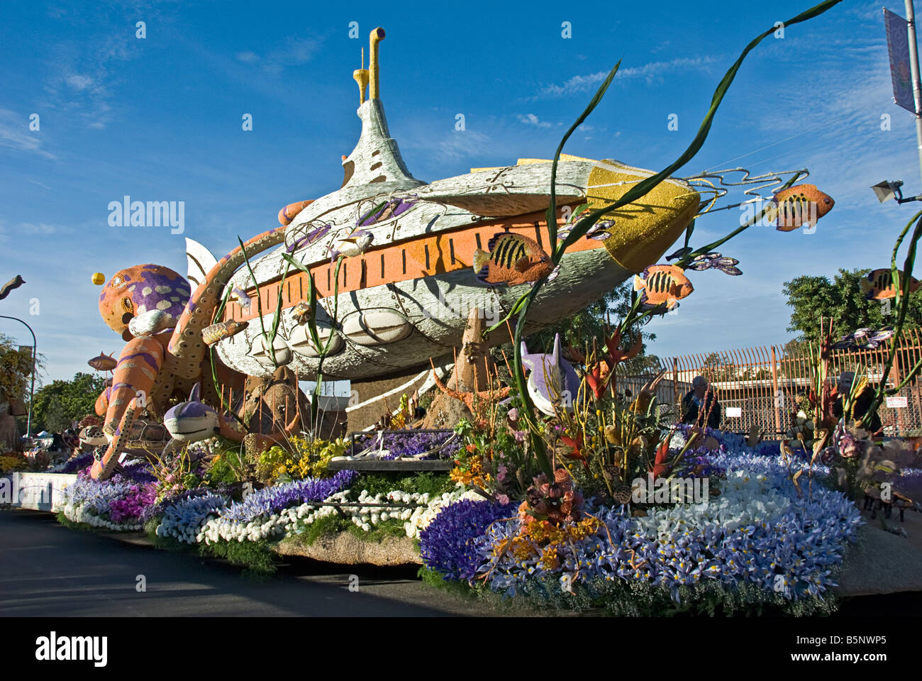 Long Beach Ca Rose Parade Float Decorated Mixed Flowerspassport