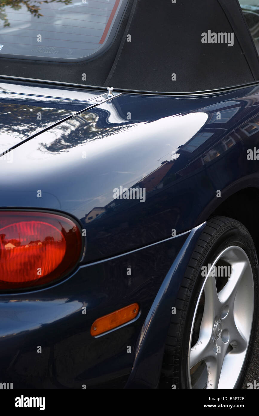 Mazda MX5 Mk2.5 1.8 SVT Sport. Close up of rear wing. - Stock Image