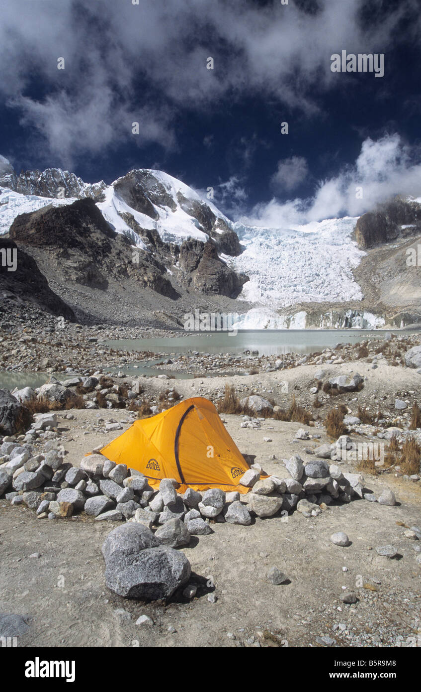 Campsite at Laguna Glaciar, Cordillera Real, Bolivia - Stock Image