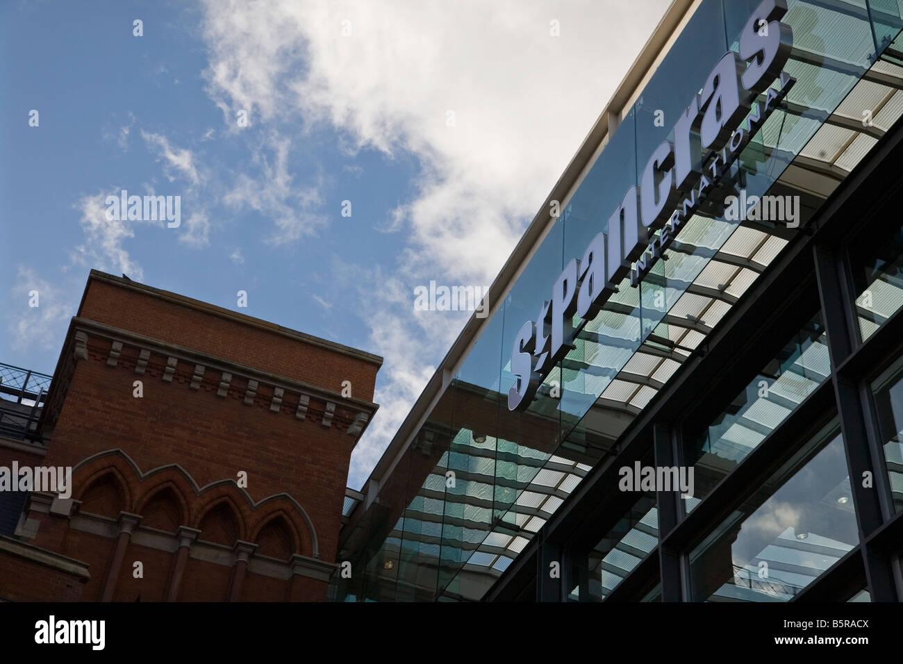 St Pancras International train station London - Stock Image