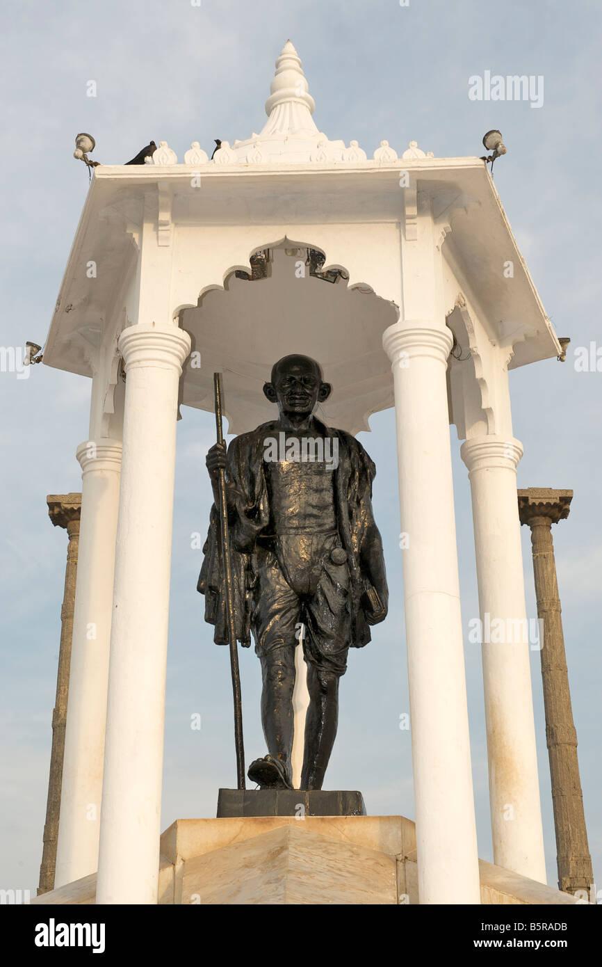 Mahatma Gandhi statue on the Pondicherry waterfront. - Stock Image