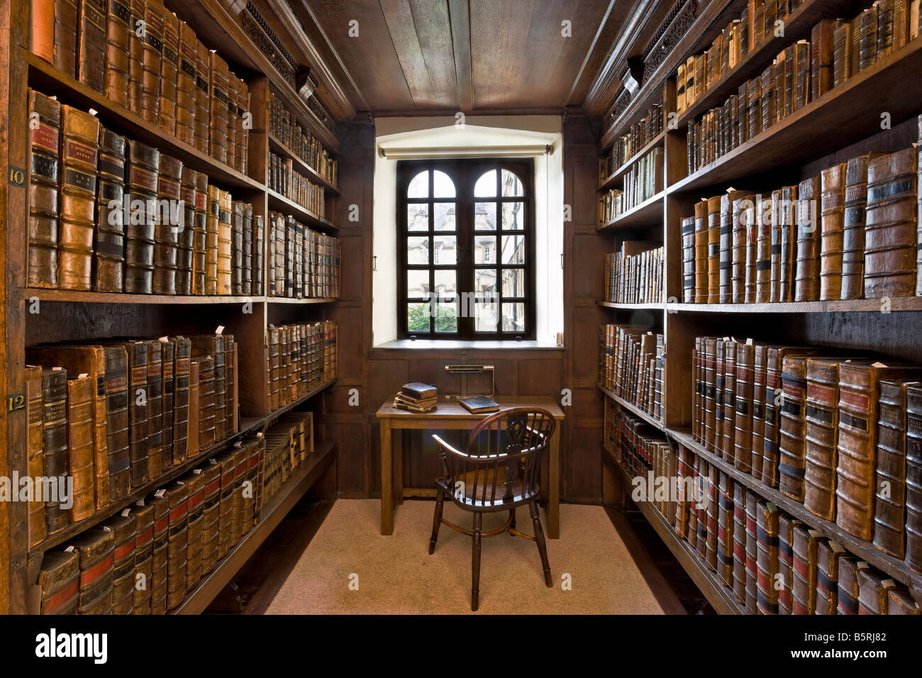 oxford university thesis library Oxford university research archive (ora) is an institutional repository for the university of oxford and is home to the scholarly output of its research members it holds publications, theses and research data.