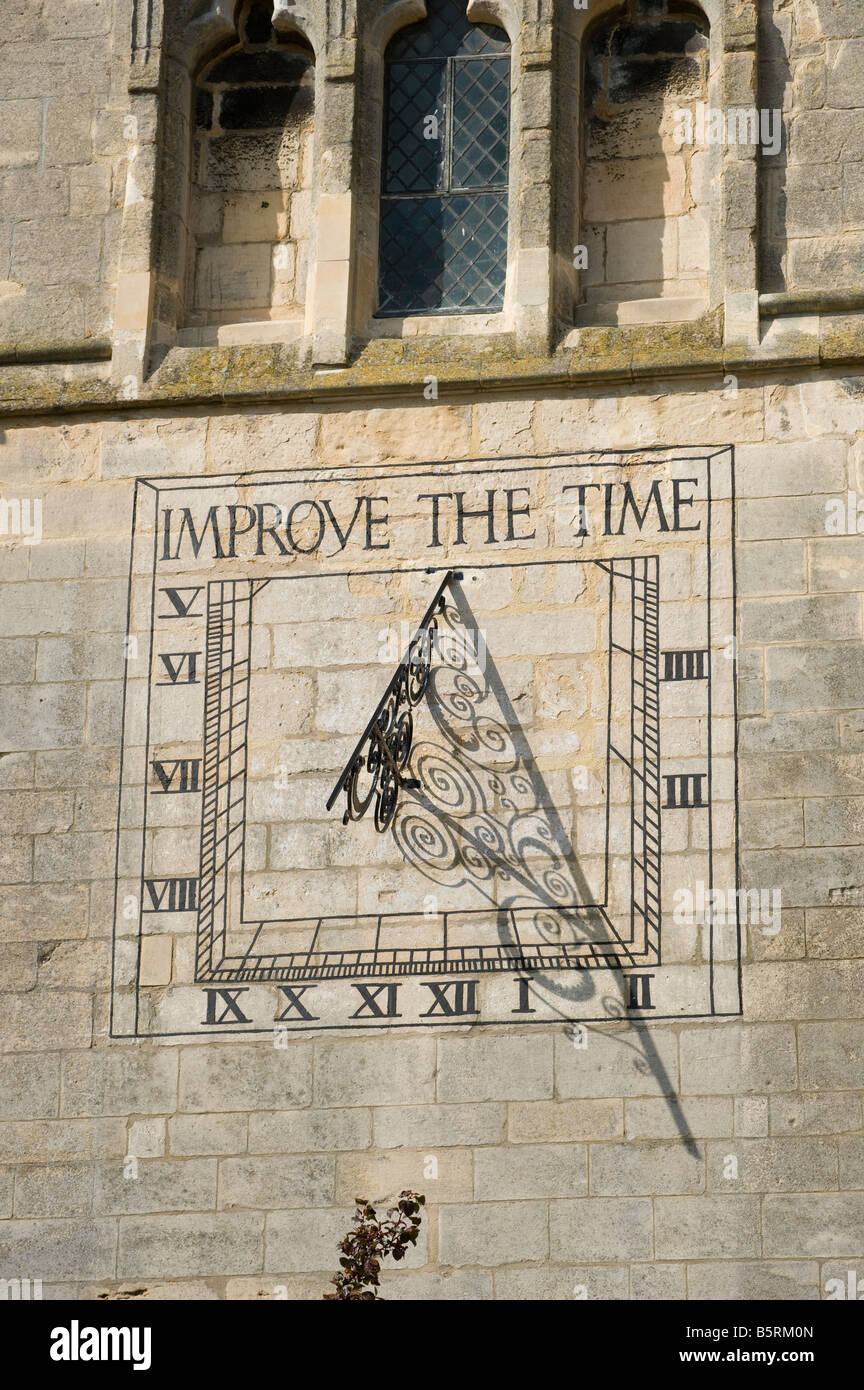 Sundial on a wall in Market Harborough Leicestershire - Stock Image