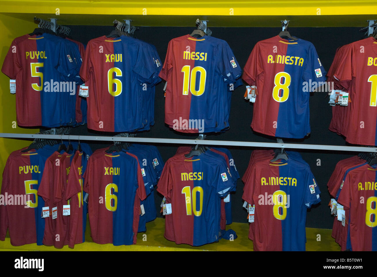 92f60ddf7 Botiga del Barça the FC Barcelona club shop selling all the latest football  shirts of the best players