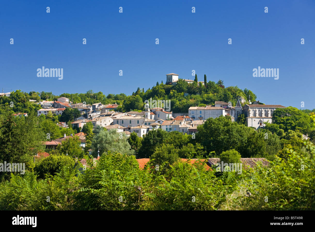 The medieval town of Montaigu-de-Quercy in Tarn et Garonne, Southwest France, Europe - Stock Image
