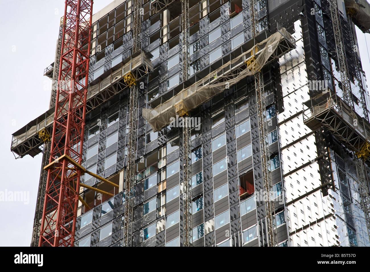 Tower block under construction in Leeds. - Stock Image