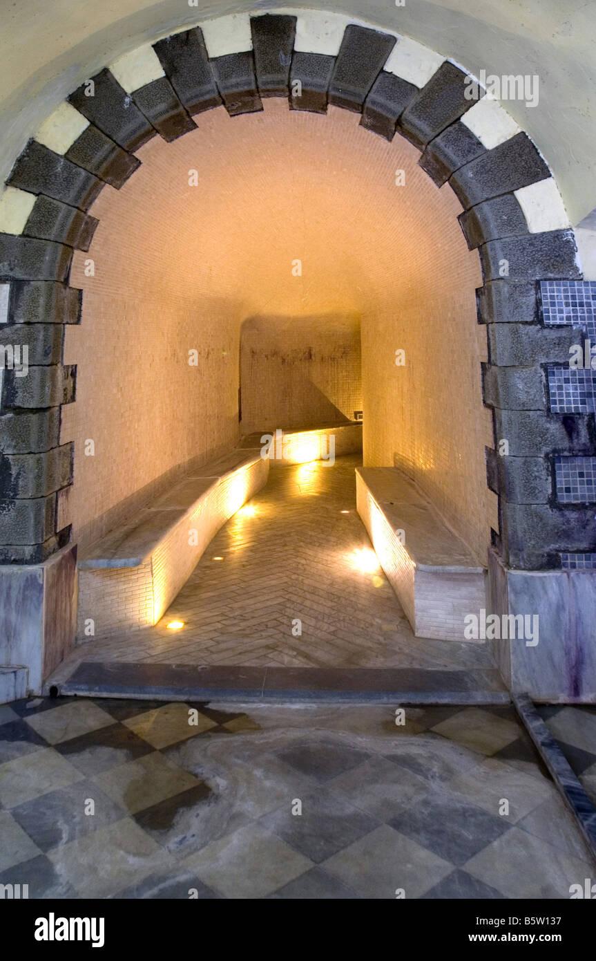https://c8.alamy.com/comp/B5W137/antico-albergo-terme-hotel-terme-jean-varraud-spa-bagni-di-lucca-tuscany-B5W137.jpg