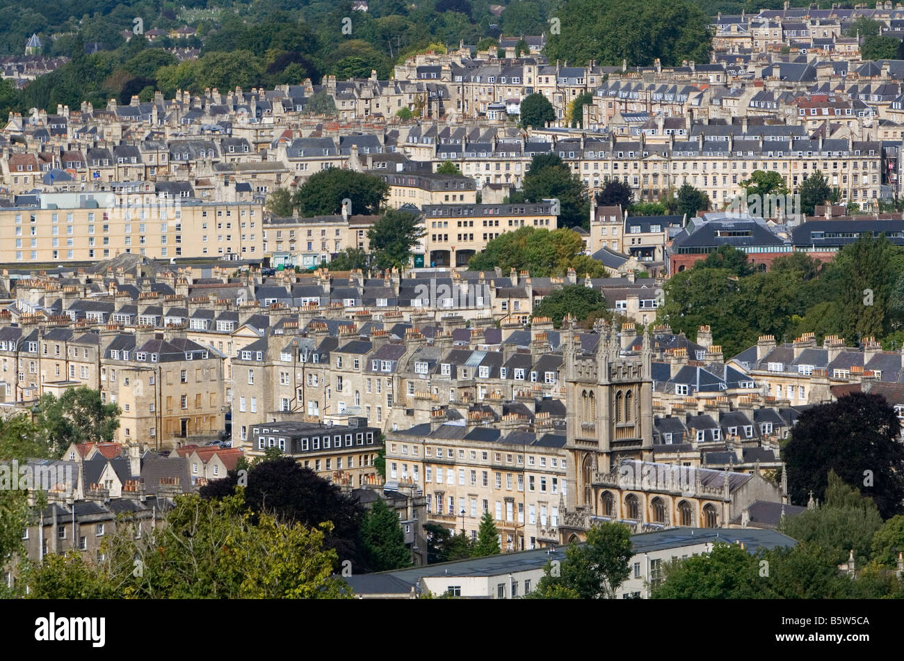 the city of bath england Bath: bath, city, unitary authority of bath and north east somerset, historic county of somerset, southwestern england bath lies astride the river avon (lower, or bristol, avon) in a natural arena of steep hills.