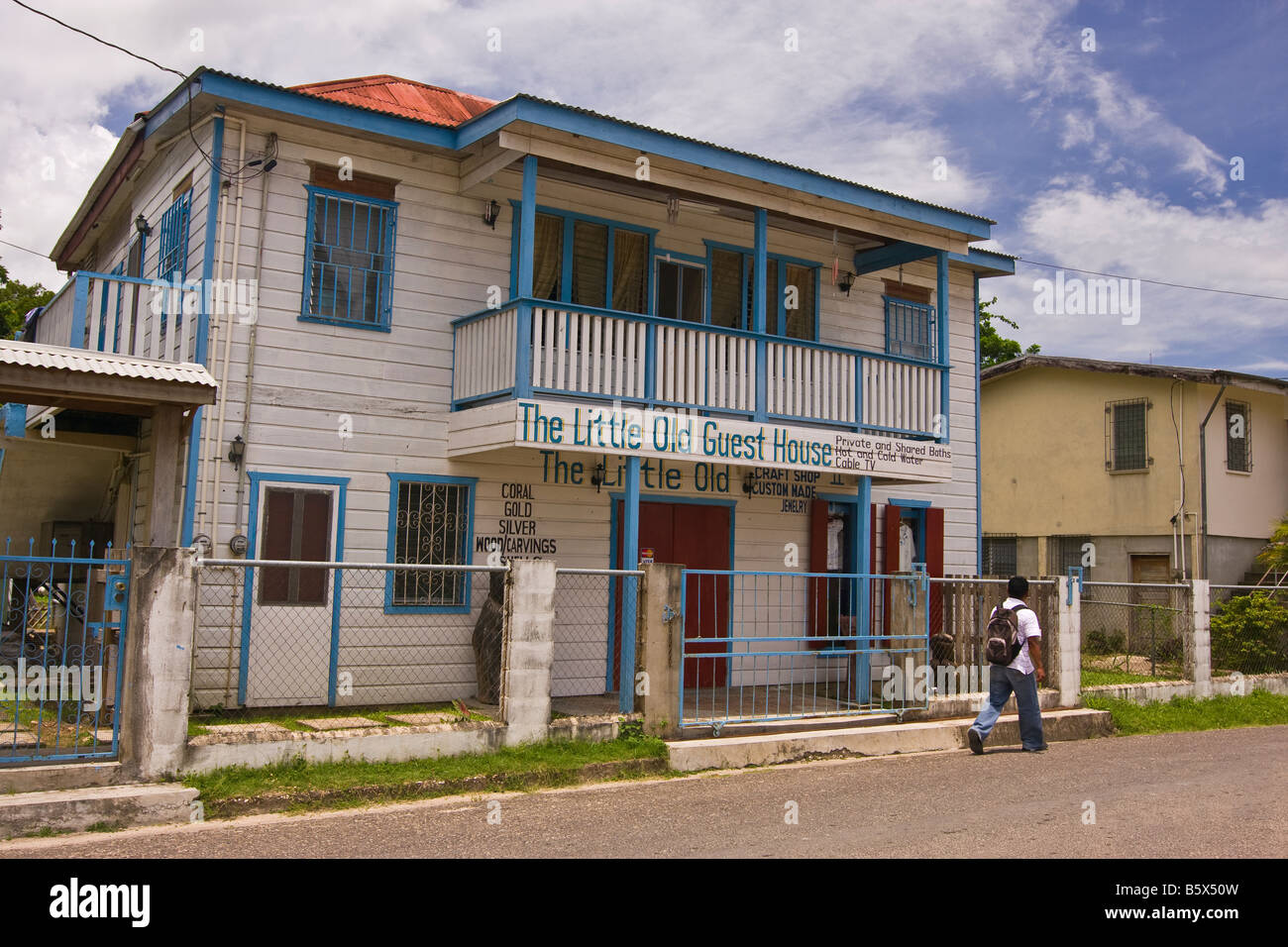 SAN IGNACIO, BELIZE - Street scene on Burns Avenue - Stock Image