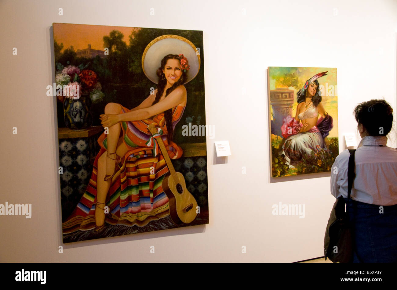 San Antonio's Museo Alameda del Smithsonian, Latin American art, gallery of pin up girl paintings by Mexico - Stock Image
