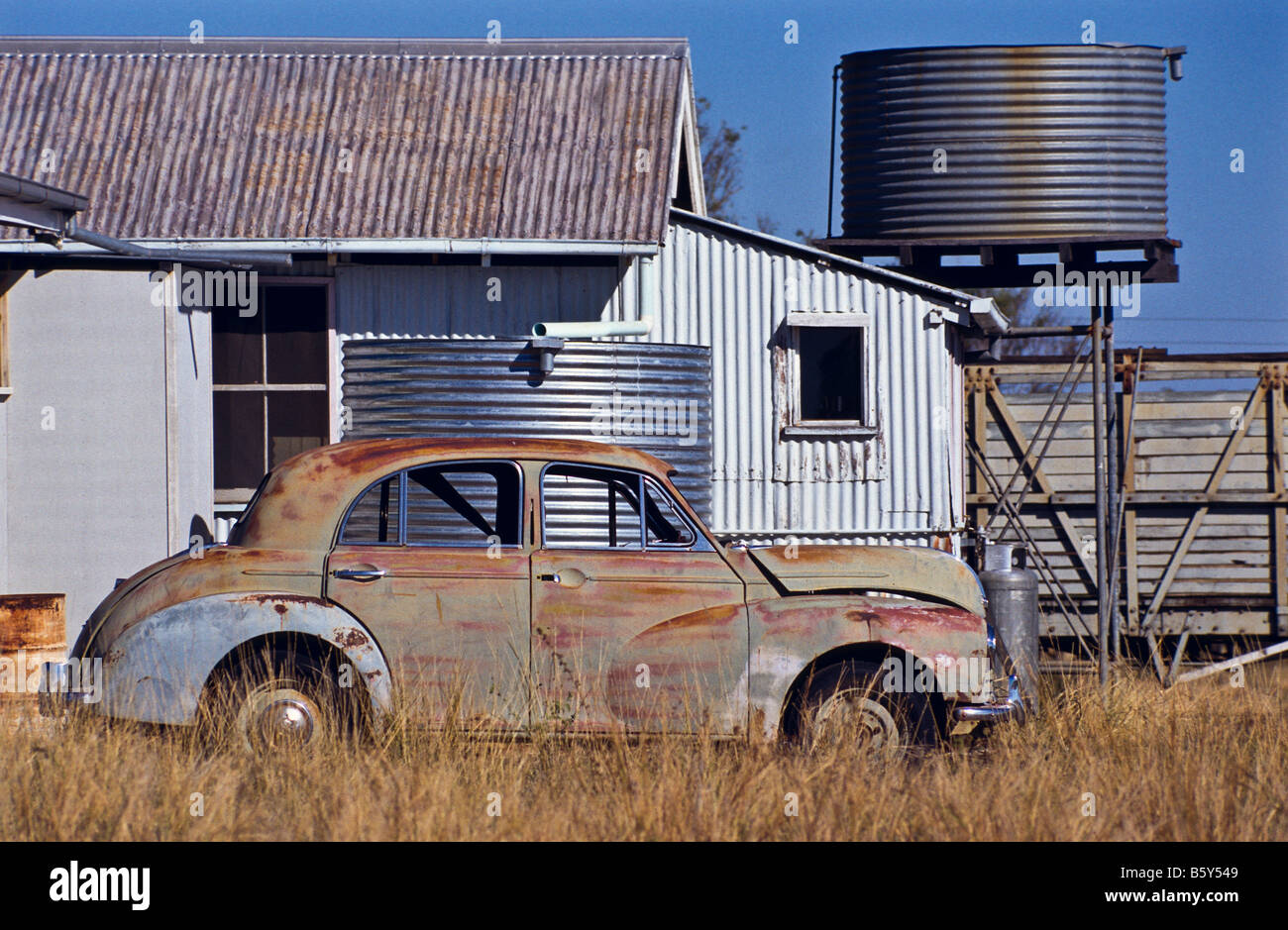 Old car and sheds, outback Australia - Stock Image
