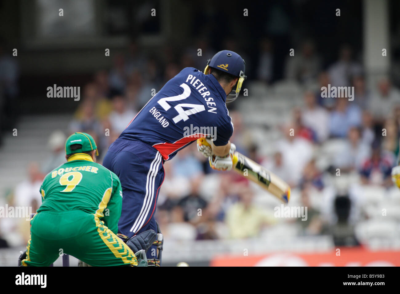 one day cricket england v australia wicket keeper bating - Stock Image