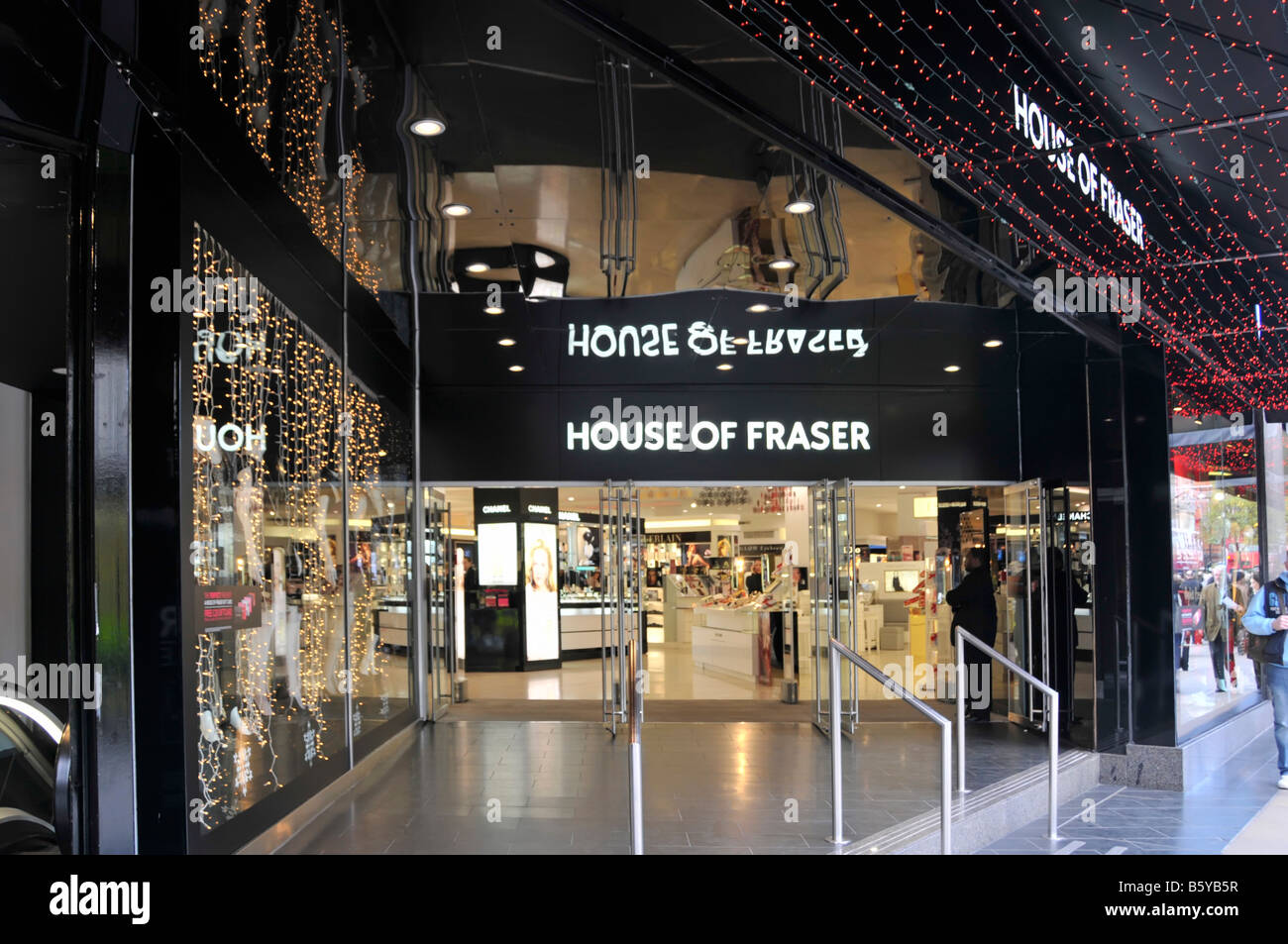 99deead8145 House of Fraser Oxford Street London store entrance at Christmas time -  Stock Image