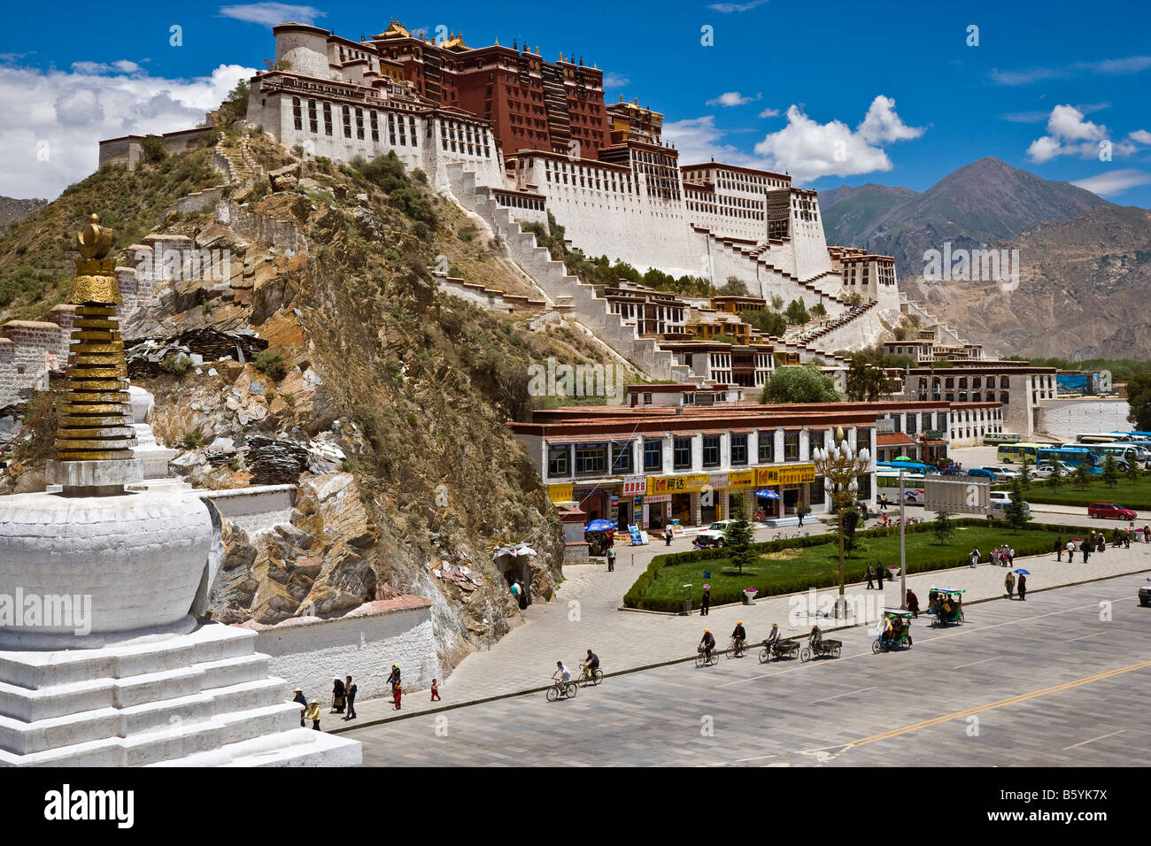 The Potala Palace Lhasa Tibet JMH3648 - Stock Image