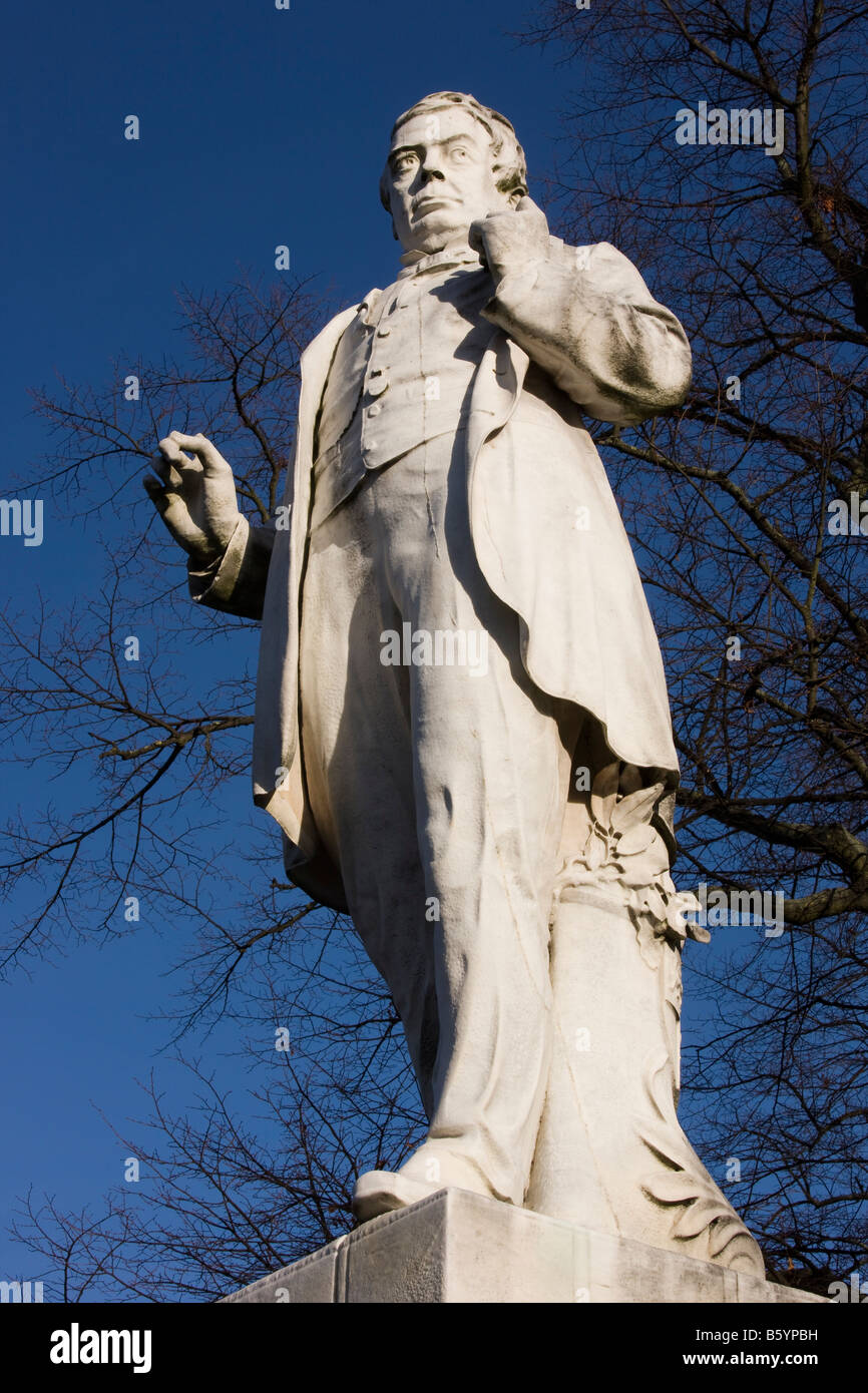 Statue of George Leeman 1809AD 1882AD founder of the North Eastern Railway - Stock Image