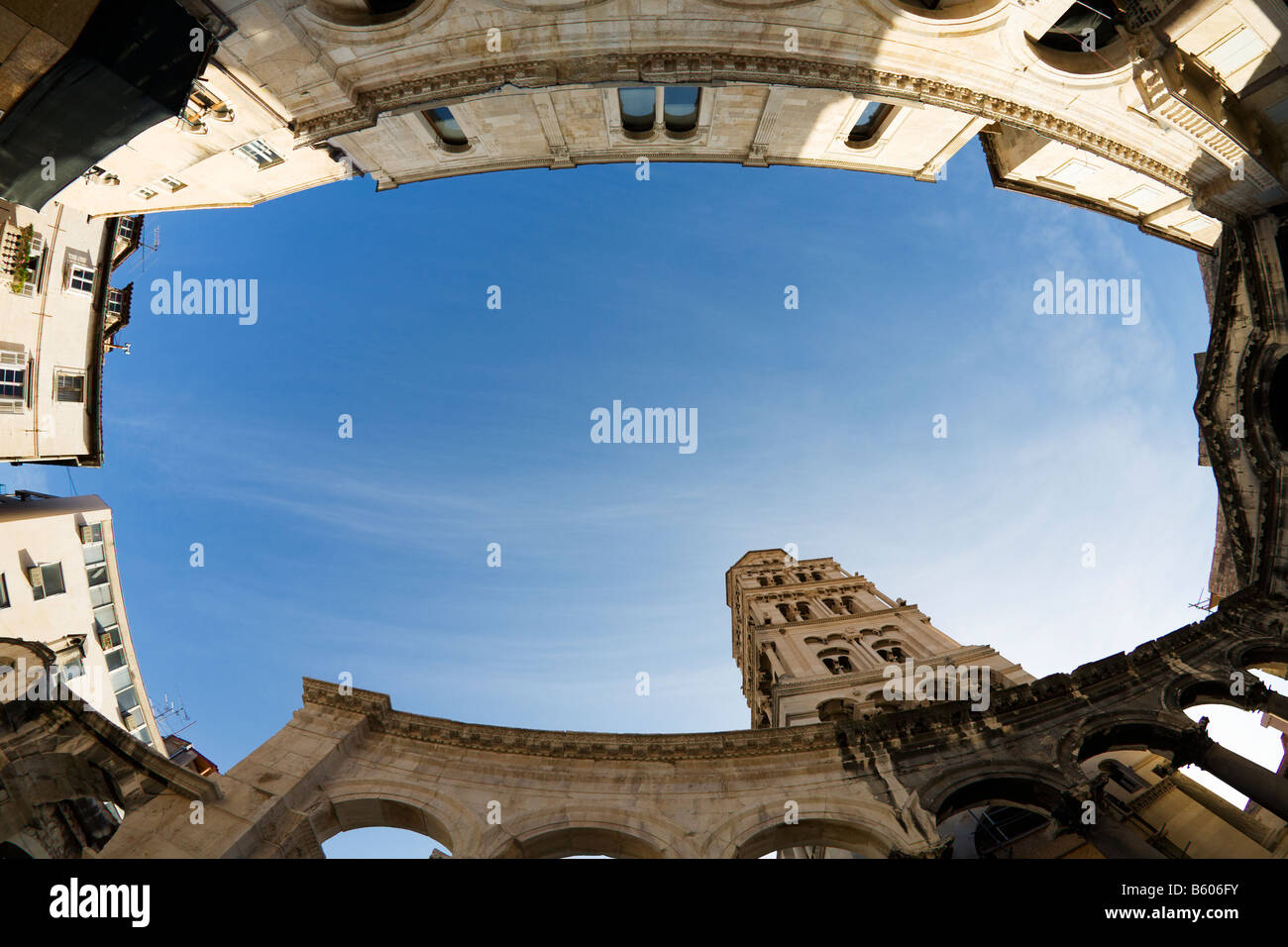 Peristyle Monumental Court and St Domnius Cathedral formerly Diocletian s Tomb Roman remains of Diocletians Palace - Stock Image