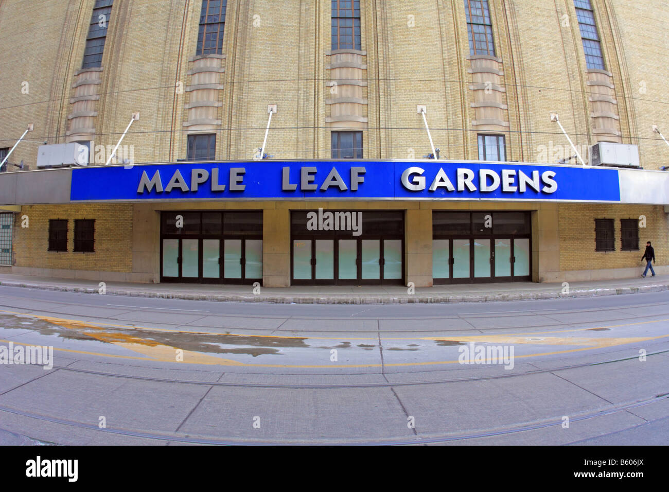Maple Leaf Gardens once the glorious home of Maple Leaf Hocky Team now being boarded up and waiting for unknown - Stock Image