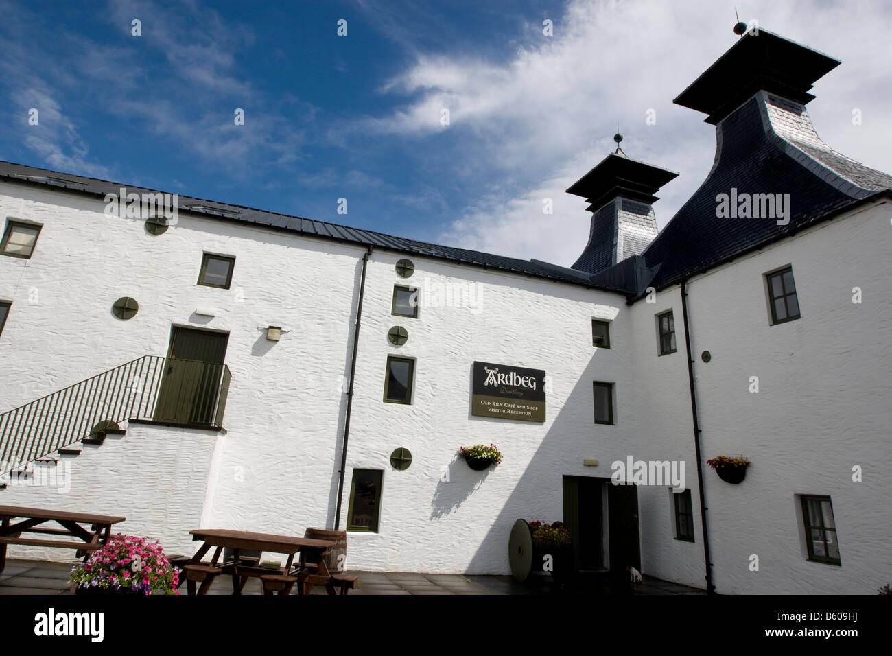 Ardbeg malt whisky distillery, Islay, Scotland - Stock Image