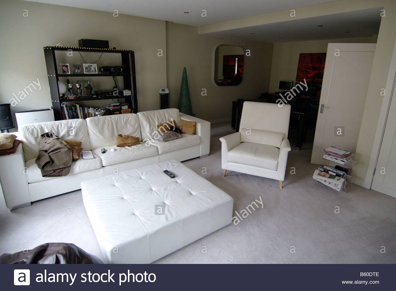 LIVING ROOM design London white leather sofa couch settee ...