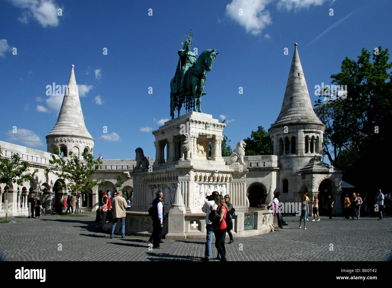 Statue of King Stephen I of Hungary in front of Fisherman's Bastion, Budapest, Hungary, Europe Stock Photo