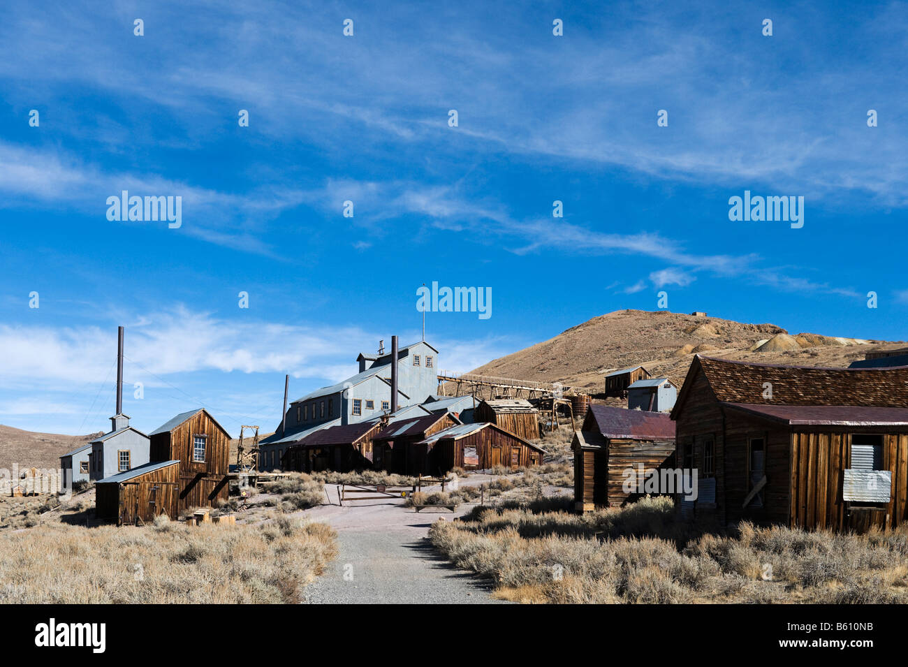 The Standard Mill and Mine in the 19thC ghost town of Bodie, near Bridgeport, Sierra Nevada Mountains, California, - Stock Image