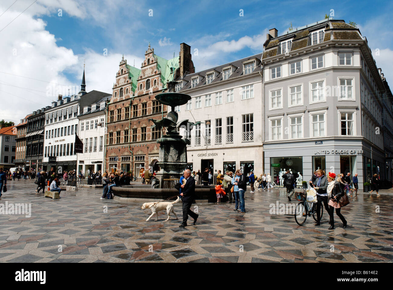 gammel torv the old square stroget pedestrian street copenhagen stock photo 20923786 alamy. Black Bedroom Furniture Sets. Home Design Ideas