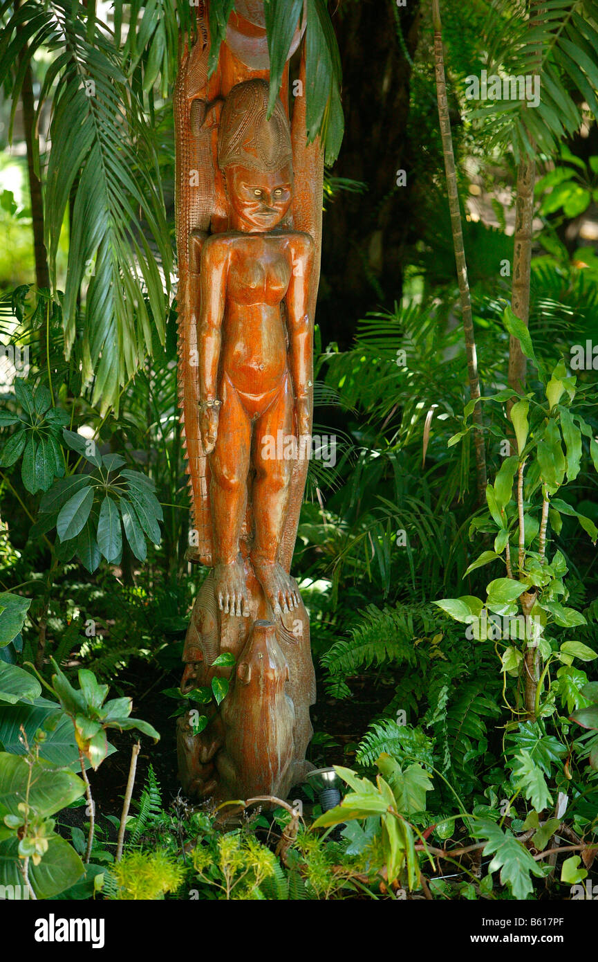 Wooden sculpture, Port Moresby, Papua New Guinea, Melanesia - Stock Image