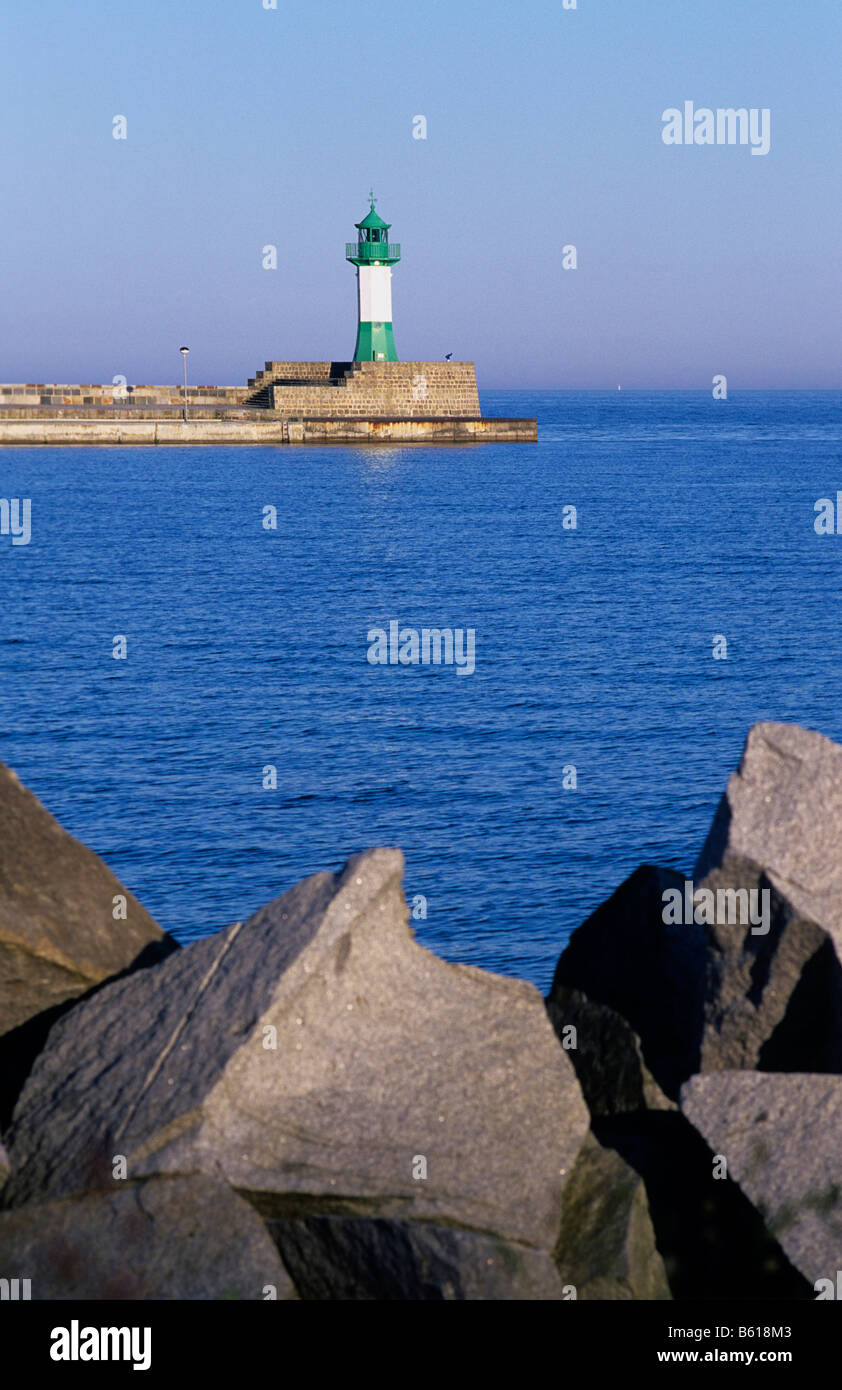 View from the bank to the external mole, rocks in front, Port Sassnitz, Baltic Sea, Ruegen Island, Mecklenburg-Western - Stock Image